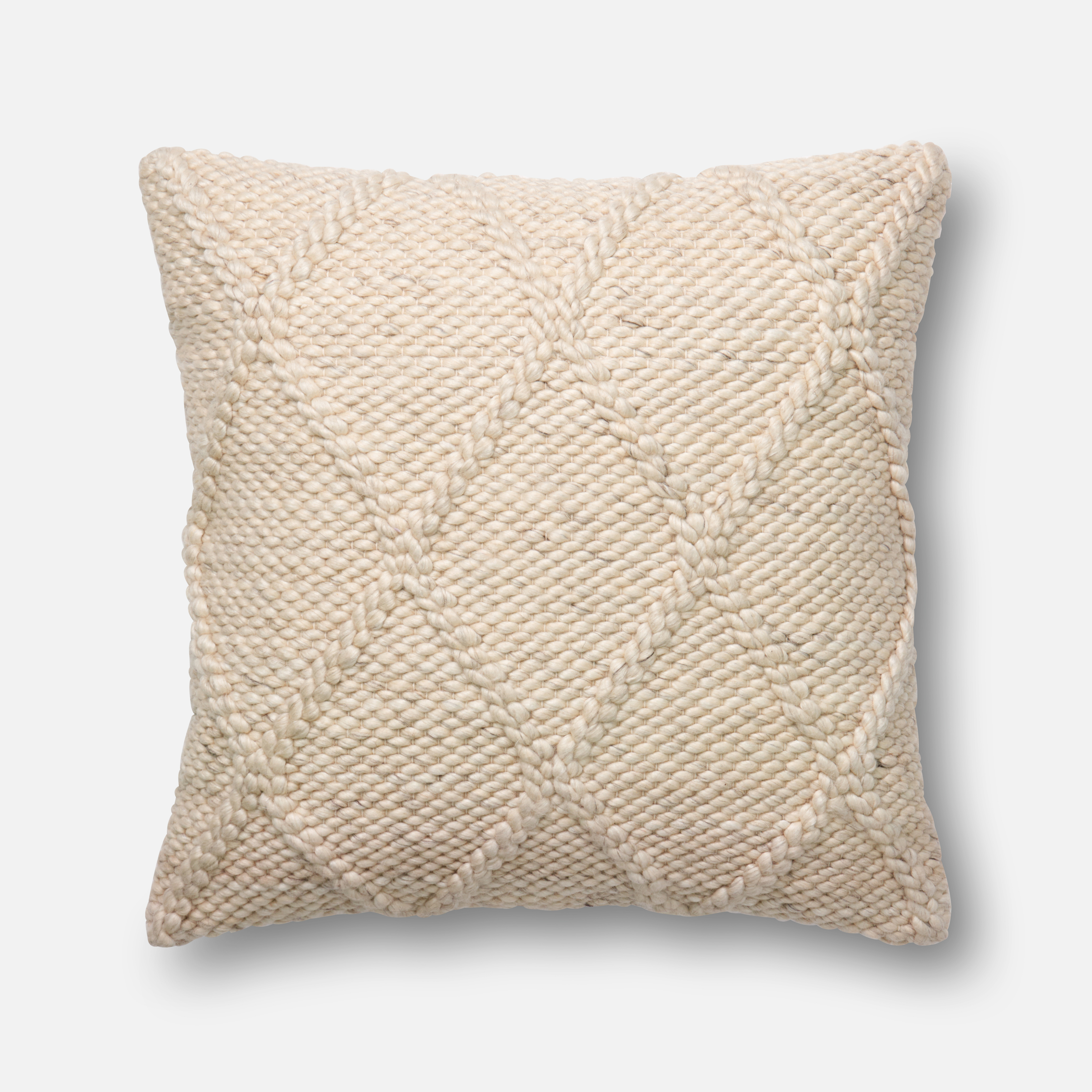 Loloi-ED-Ellen-DeGeneres-Collection-pillow