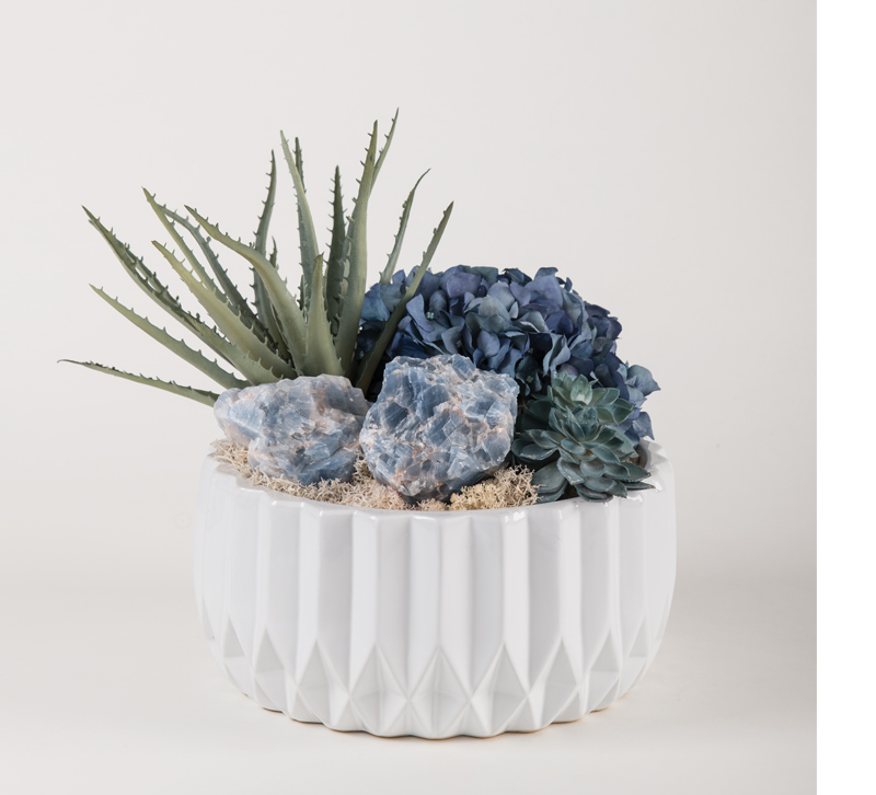 succulents and quartz accents